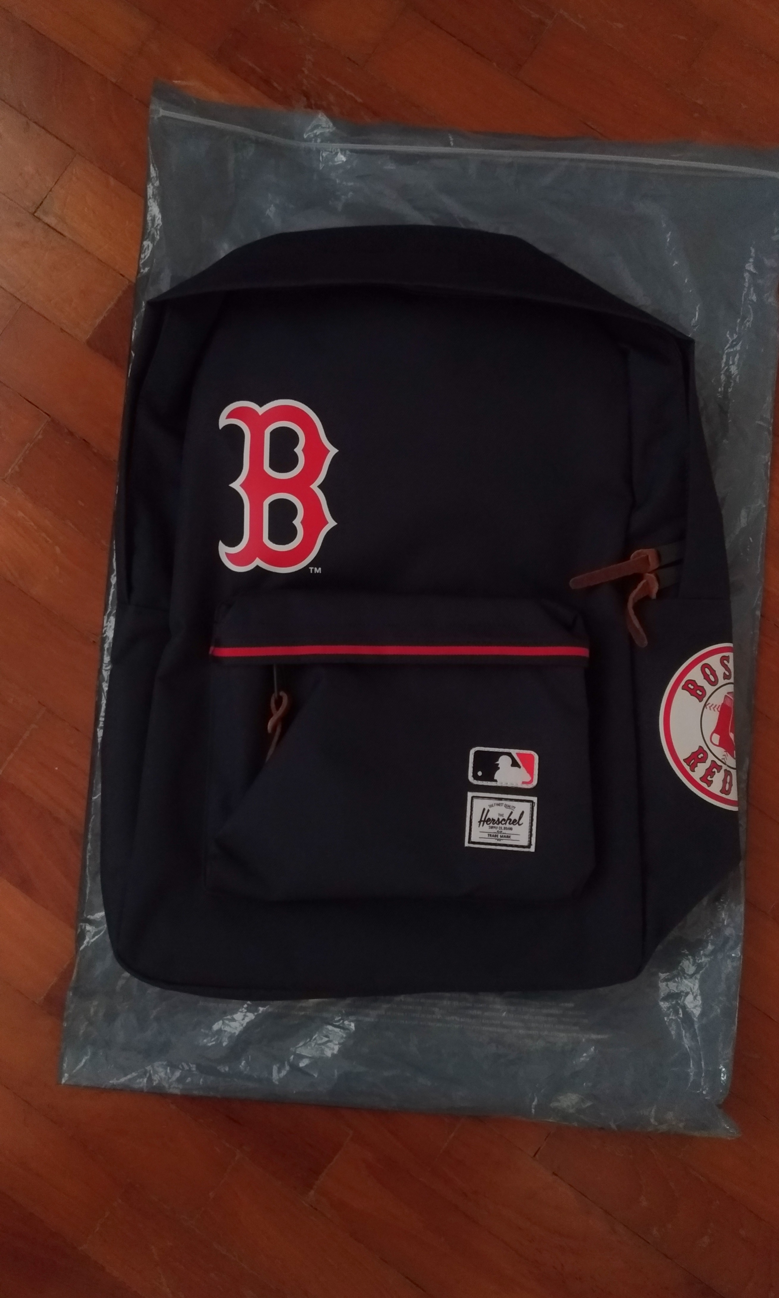 BNWT HerschelxMLB  Boston Red Sox  Settlement Backpack 8f338c13cebb2