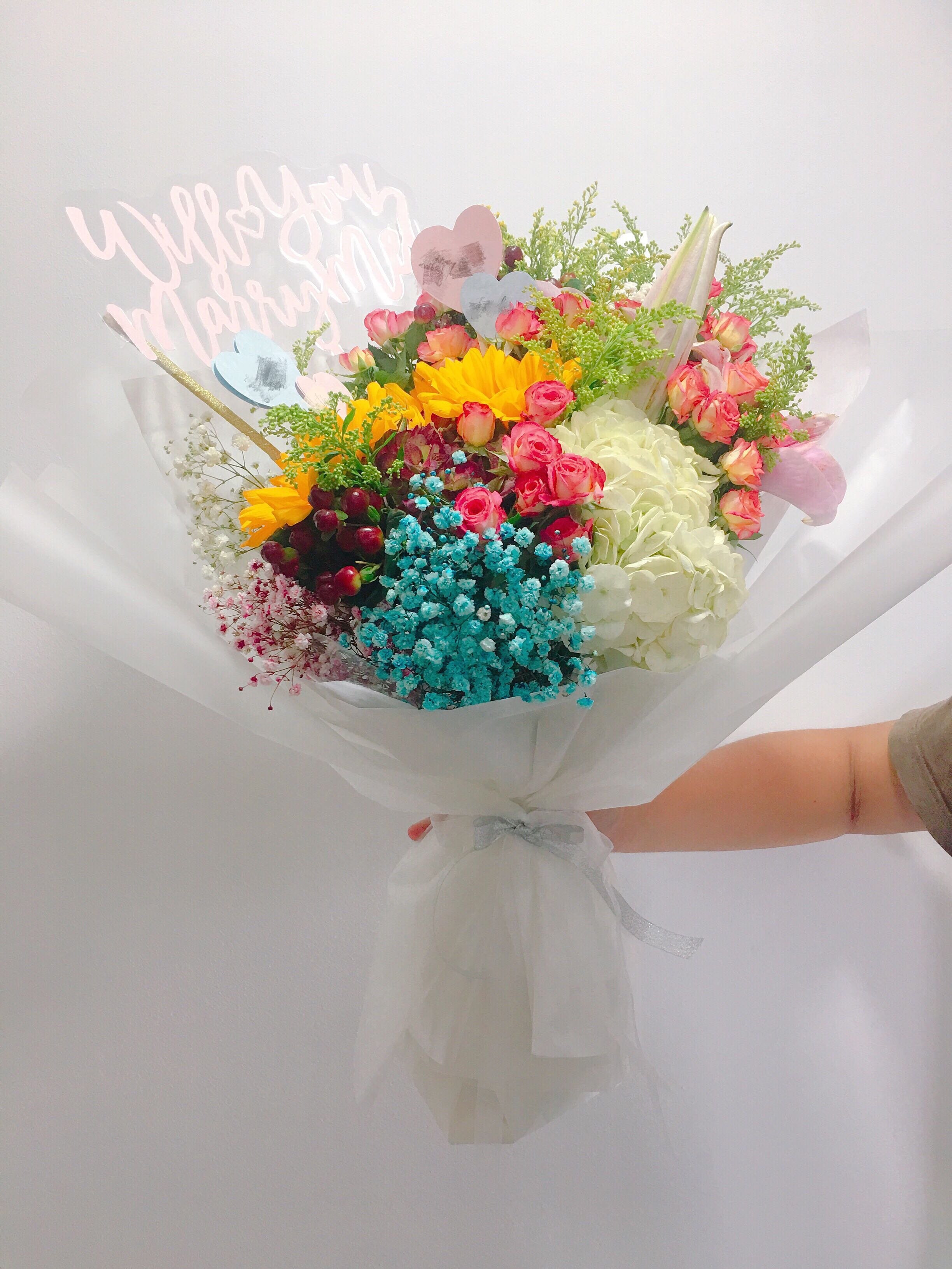 Fresh flower bouquet big mix design craft handmade craft on fresh flower bouquet big mix design craft handmade craft on carousell izmirmasajfo