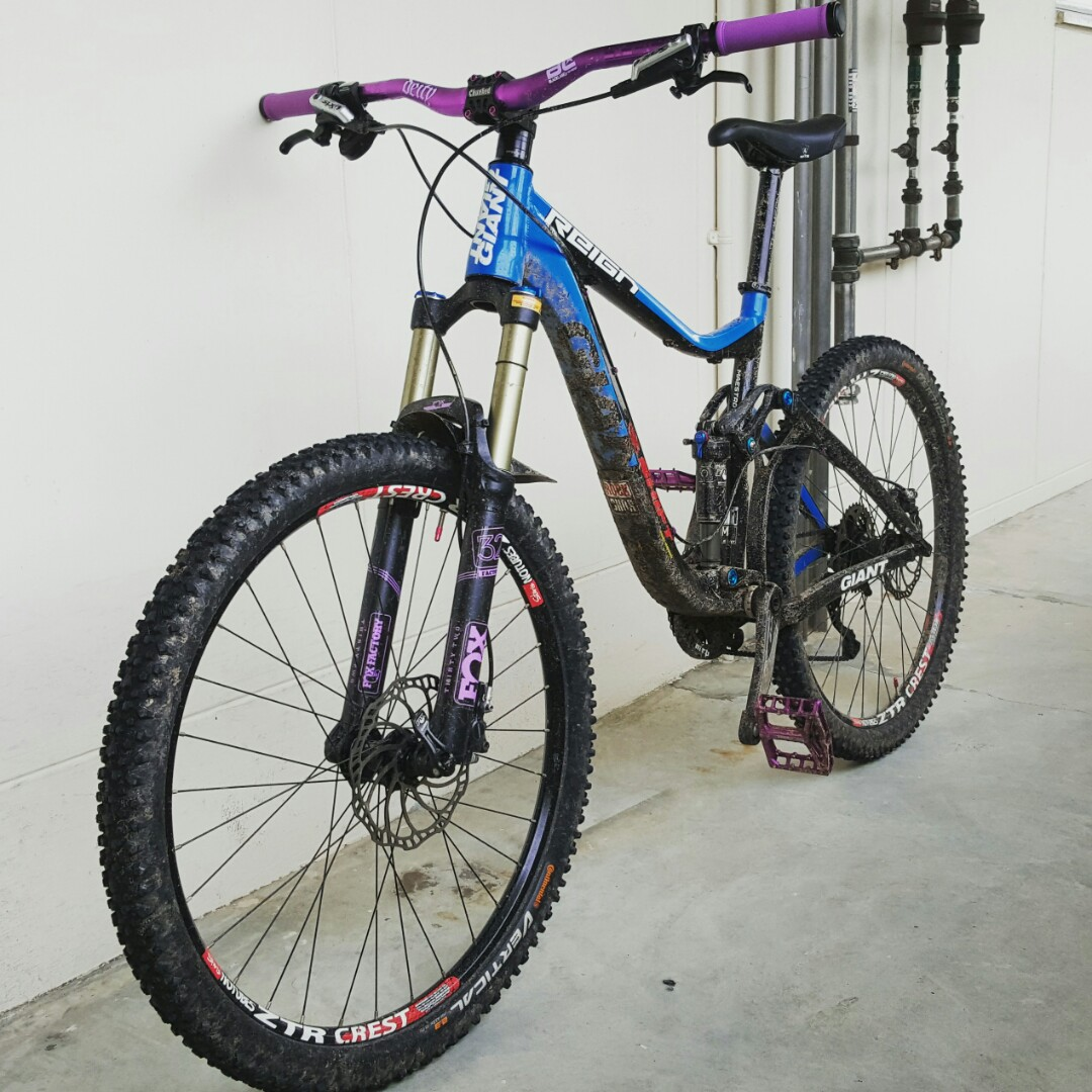 77611b80df3 Giant reign 1, Bicycles & PMDs, Bicycles, Mountain Bikes on Carousell