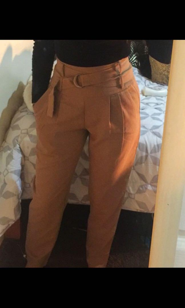 High waisted belted pants small/8