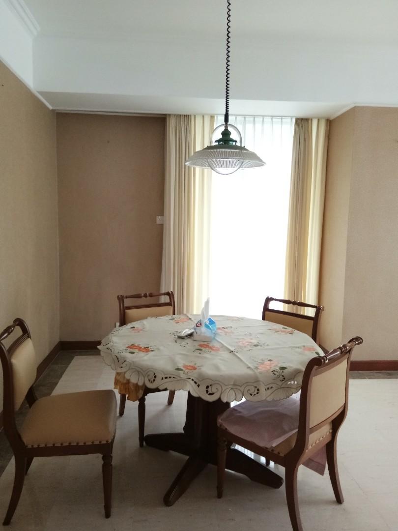 Jual Sofa Set Dan Meja Makan 1 Perabotan Rumah Di Carousell Photo