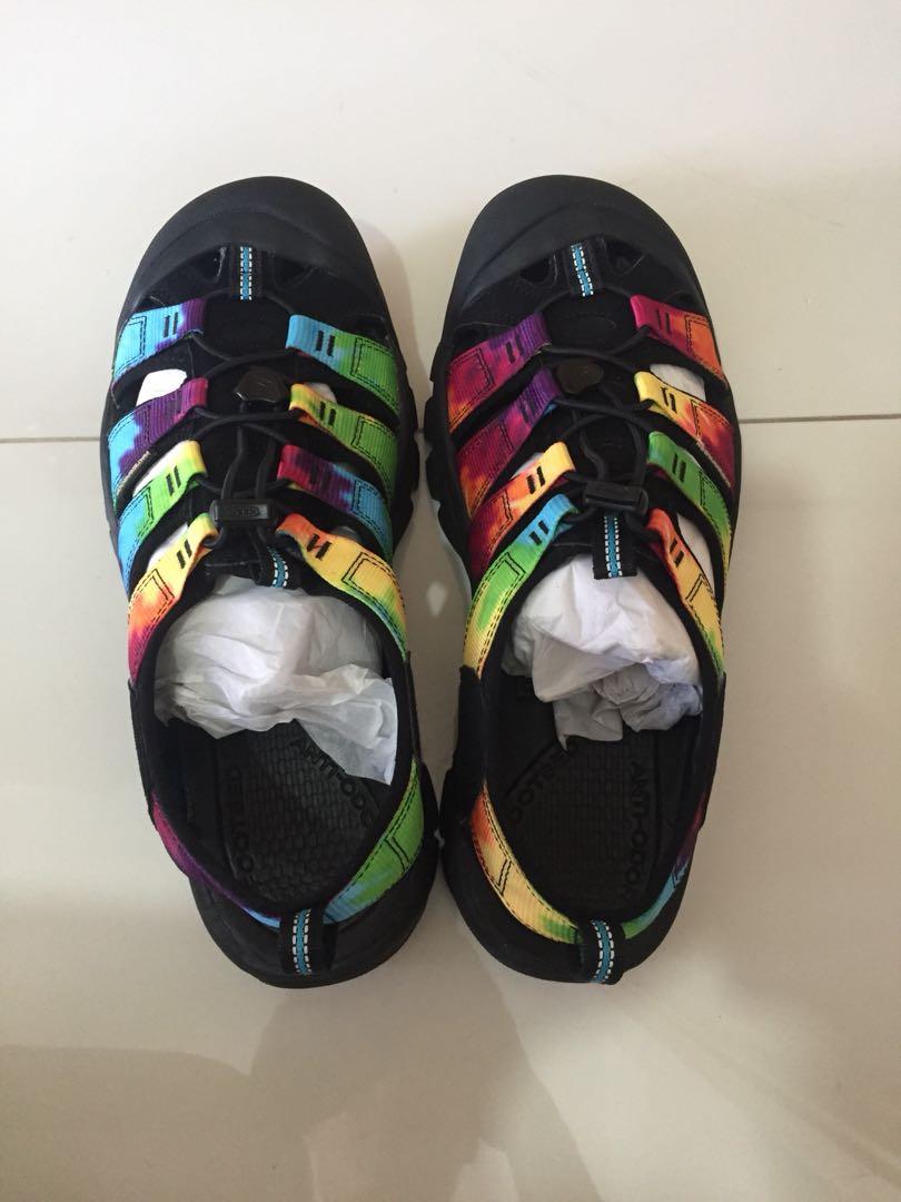 a5ee2d9ae95 KEEN Newport Retro (original tie dye), Men's Fashion, Footwear ...