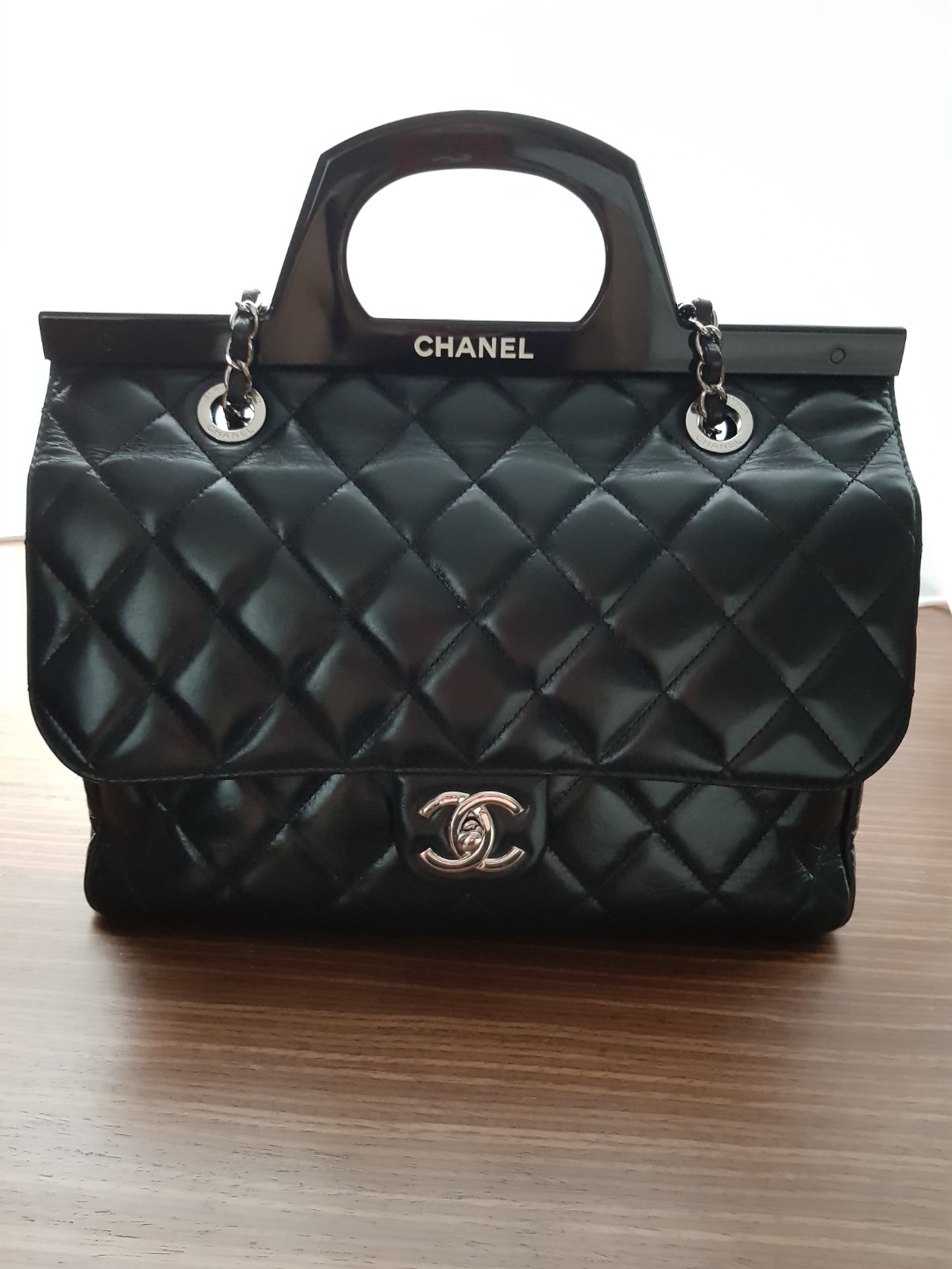 a159057d33aa Pre-loved Chanel bag for sale, Luxury, Bags & Wallets, Handbags on ...