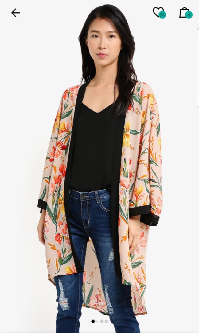 Zalora Contrast Printed Kimono