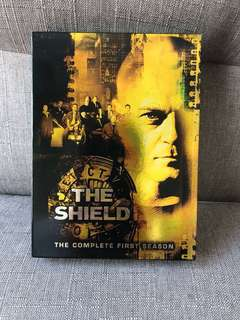 The Shield DVD (The Complete First Season)