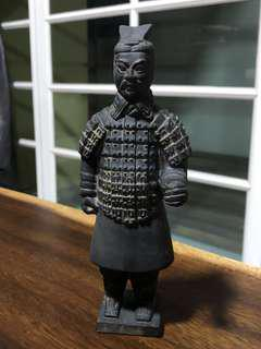 2 pcs of small Terracotta statue (without holding stick)