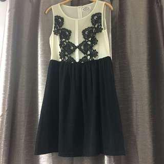 Lace black & nude dress