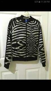 Adidas bomber jacket not zara. Armani exchange. Nike. Reebok. Under armour. G2000