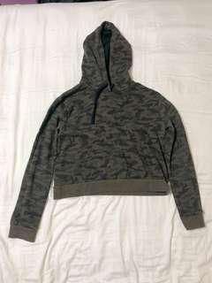 Camouflage Crop top F21