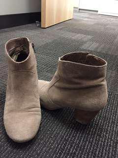 Sam Edelman booties. Size 8