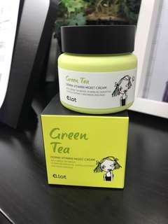 [NEW, UNUSED] Green Tea Derma Vitamin Moist Cream