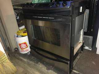 Oven, dishwasher and microwave set