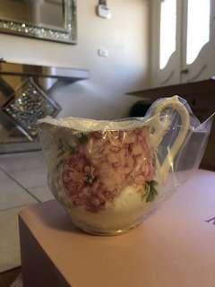 Miranda Kerr for Royal Albert tea set RRP $1050