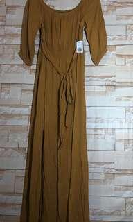 Brand new Forever 21 Off Shoulder Dress