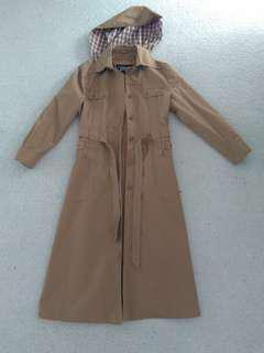 Trench coat / rain coat