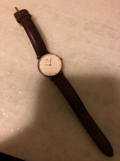 Authentic Daniel Wellington Petite Watch