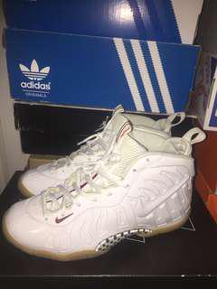 White Gucci Foams