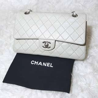Chanel Grey Quilted Lambskin Leather Classic Medium Double Flap Bag cc3e172993