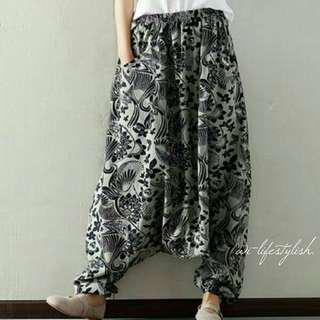 [[ inStock ]] Dark Gray (W) Floral Patterns Trousers