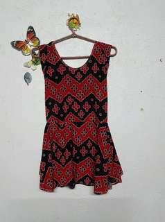 Black / Red dress