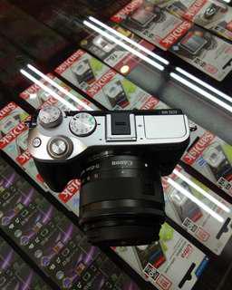 Canon Mirrorless M6