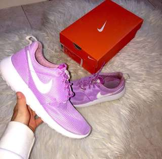*GOOD CONDITION ROSHES*