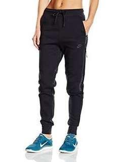Nike tech fleece black tracksuit pants