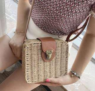 Beach bag (straw)