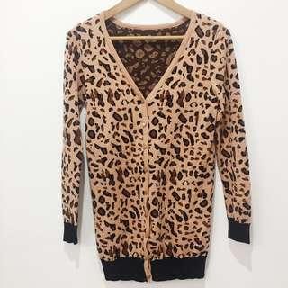 Leopard/cheetah print knit cardigan