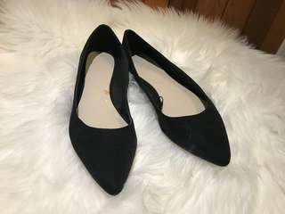 Forever 21 suede ballerina flats size 8.5