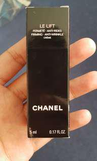 CHANEL Le Lift 5ML sample size (Authentic). ANTI WRINKLE CREAM