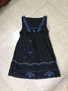 TOPSHOP embroidery dress