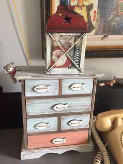 Small cabinet retro look
