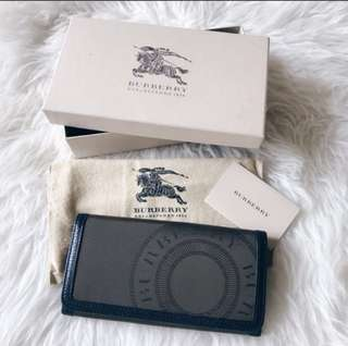 ** CLEARANCE ** AUTHENTIC BURBERRY WALLET