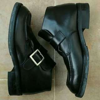 Cervo Italy genuine leather ankle boots Eur39