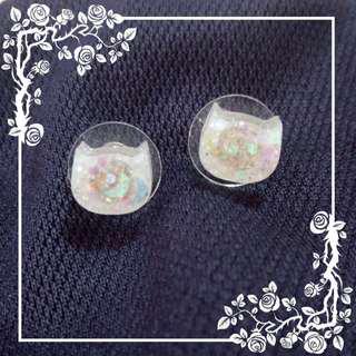 Sparkly white neko earring