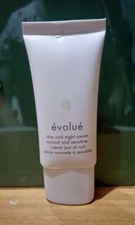 Evolue Day And Night Cream 輕盈滋潤面霜 30ml
