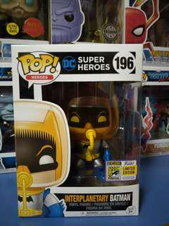 Funko Pop Dc Interplanetary Batman Sdcc sticker limited edition