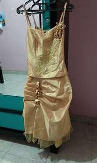 Dres pesta / gaun pesta /gaun gold / gaun murah