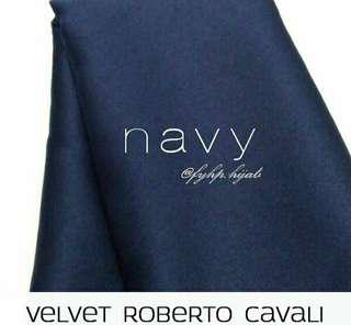 Hijab Velvet Segiempat