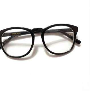 global work 眼鏡 (連鏡片無度數)