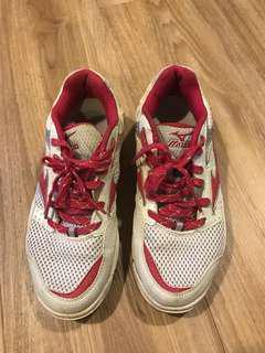 Preloved Mizuno Badminton Court Shoes