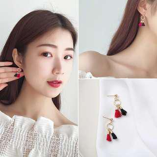 Strips loop earrings