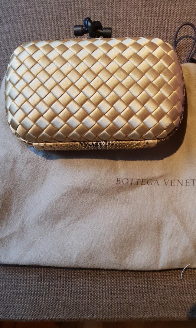 Authentic Bottega Veneta Clutch 4bd3427439e93