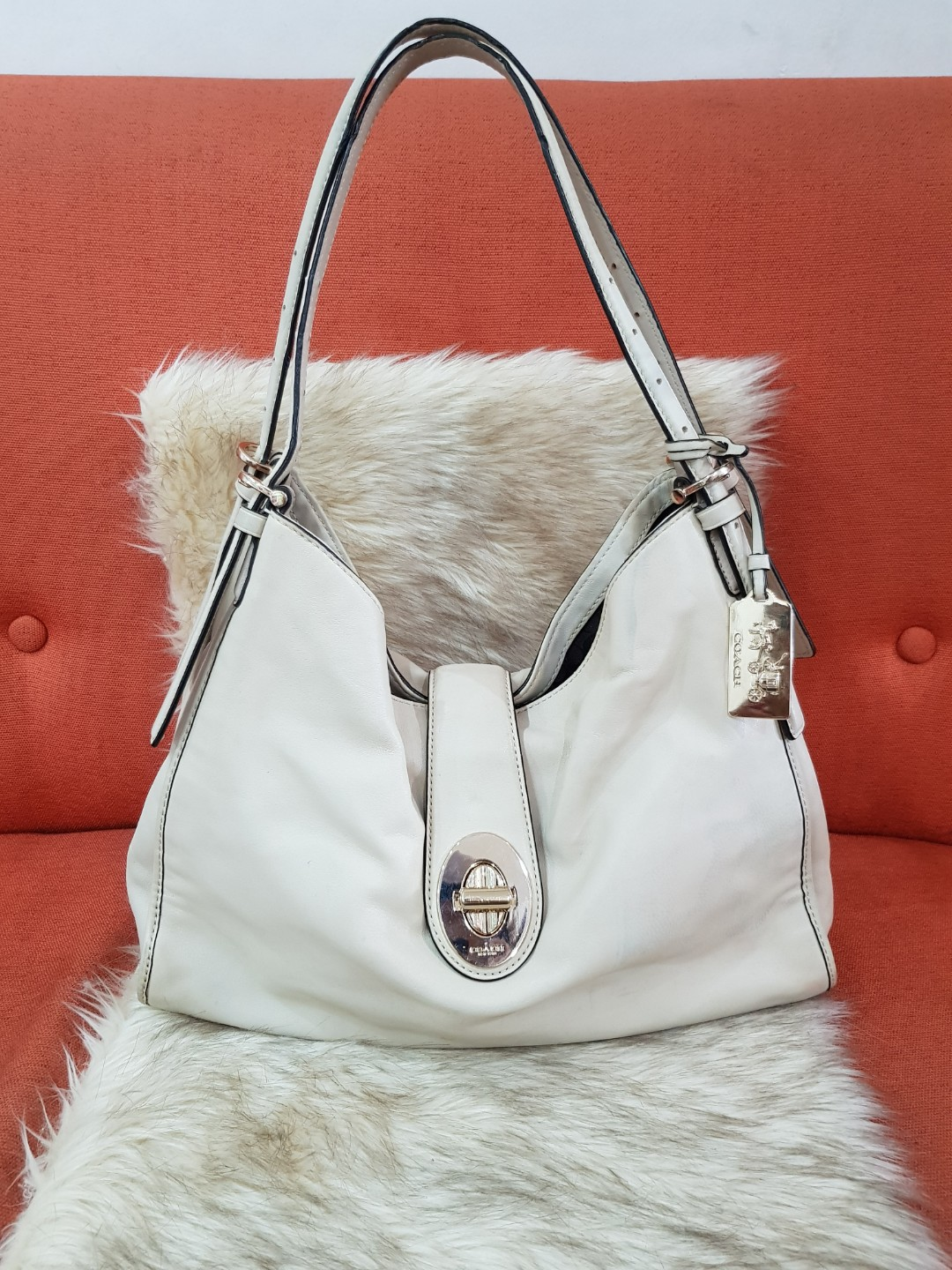 Authentic Coach 32221 Madison Carlyle Offwhite Leather Shoulder Handbag Luxury Bags Wallets On Carou