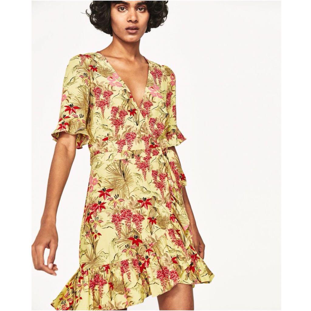 695ad7f7 BN) 💯 Authentic Zara Yellow Floral Wrap Dress, Women's Fashion ...