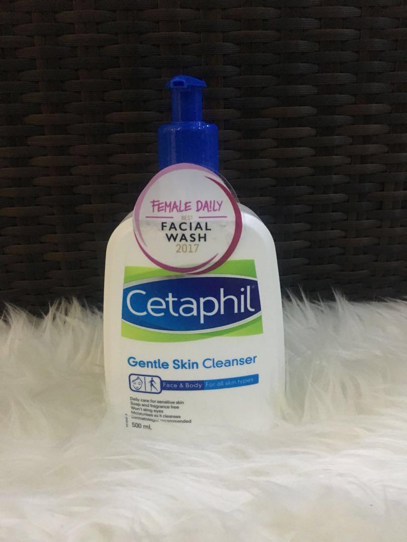 Harga Jual Cetaphil Oily Skin Cleanser Face Wash Sabun Cuci Muka Gentle 250ml 180000 Kesehatan Kecantikan Kulit Tubuh Di