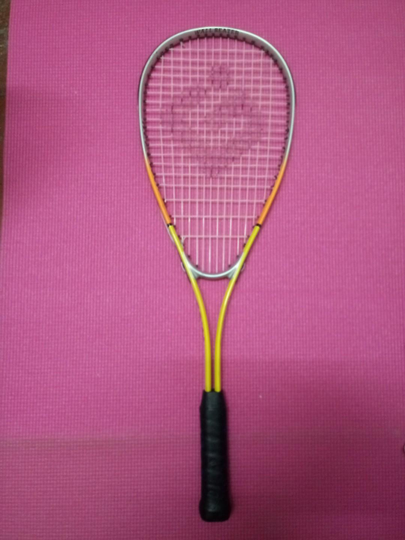 Goma squash racket
