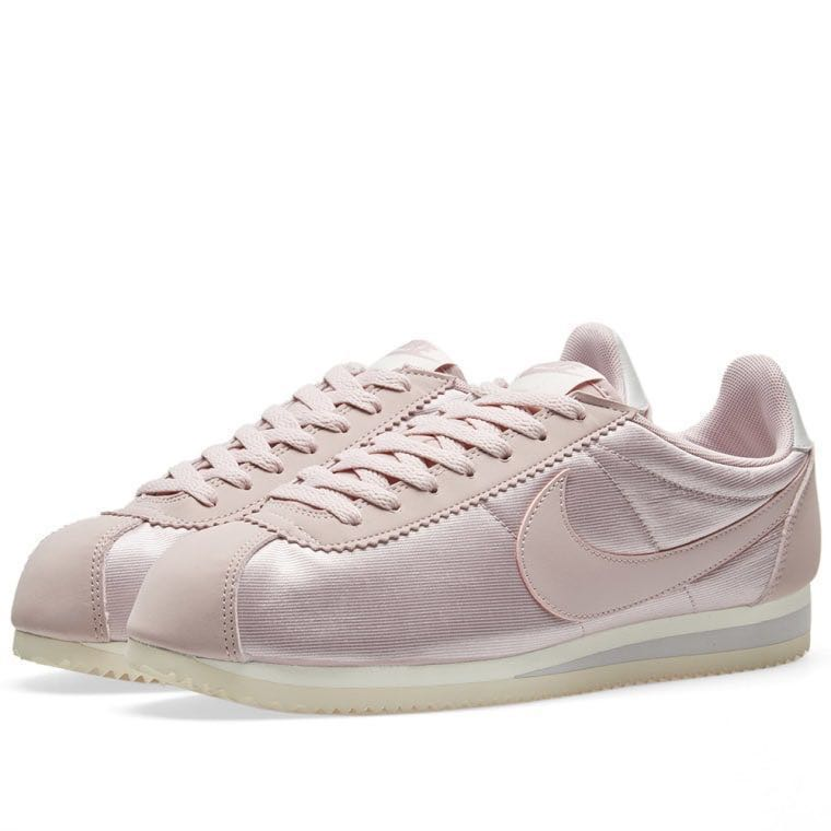 2250e4274ad5 ... czech nike classic cortez nylon preloved womens fashion shoes on  carousell 4bfee 4c88a