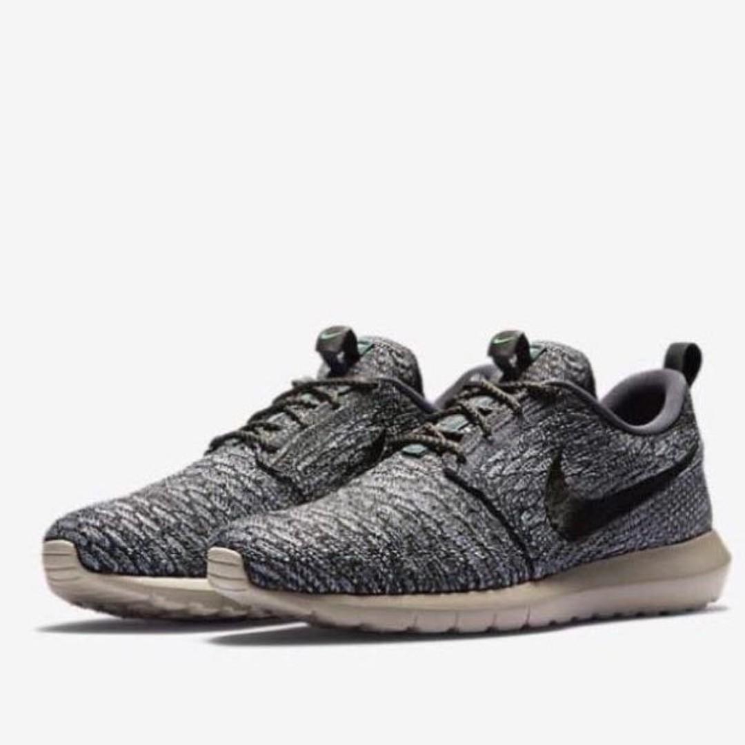 0b8409a2b408 Nike Roshe Flyknit
